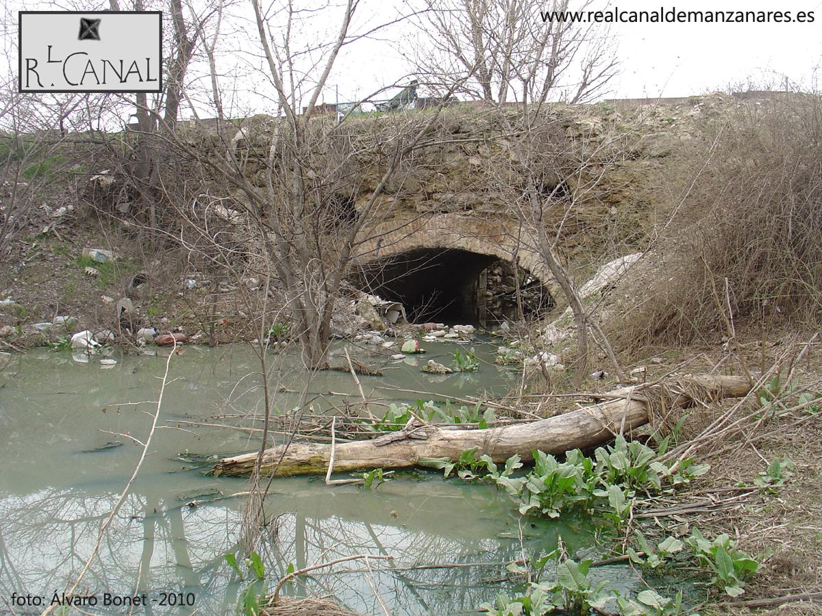 Vista de la Octava Esclusa con agua